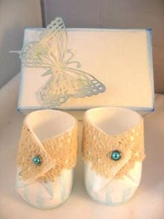 Baby bootees gift box