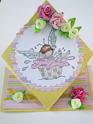 Cupcake spring fold card