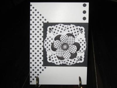 Black & white dotty Flower