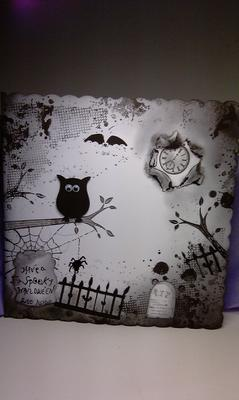 A Spooky Halloween card made me forget my pain