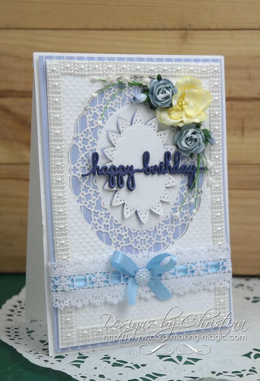 Spellbinders Oval Regalia in Blue