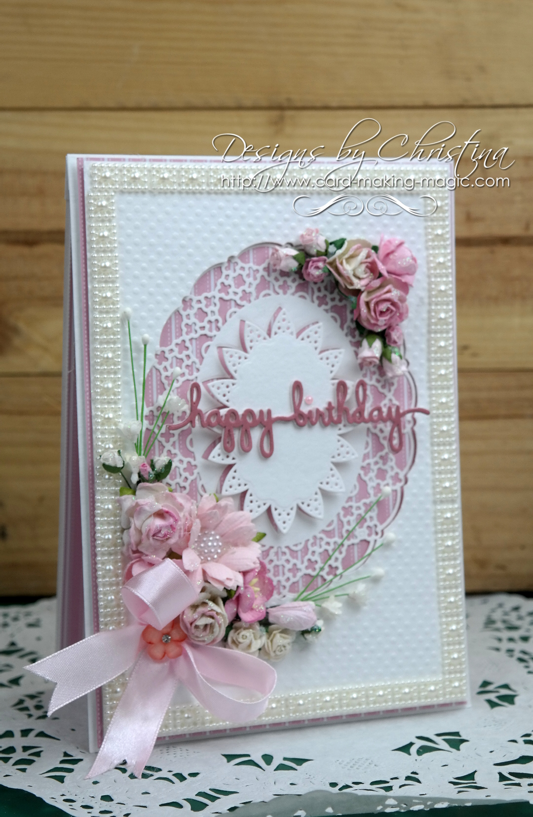 Spellbinders Oval Regalia in Pink
