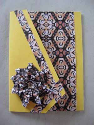 Triangle card with Teabag medallion